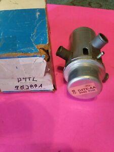 Smog Pump Air Bypass Diverter Valve NOS FORD D4TE-AA