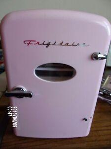 Frigidaire Retro Mini EFMIS129 Mini Refrigerator - Pink