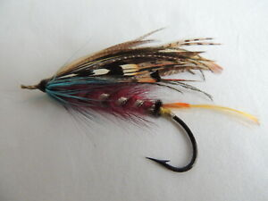 Vintage 6/0 Gut Eyed Salmon Fly.