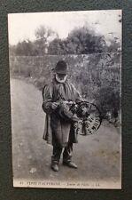 CPA. Types d'AUVERGNE. 03. 15. 43. 63 - Joueur de Vielle. Musicien. 1915.