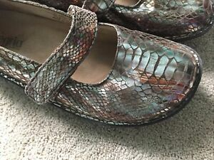 Alegria Iridescent Leather Mary Janes Women's Size 40 or 9.5-10