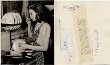 Jean Simmons. Fotografía de la actriz. CENSURA. 24 DIC 1947.