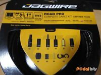 Jagwire Road Pro Complete Road Bike Brake – Gear Inner and Outer Cable Set BLACK