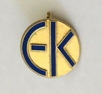 EK Brand Advertising Souvenir Pin Badge Rare Vintage (A9)