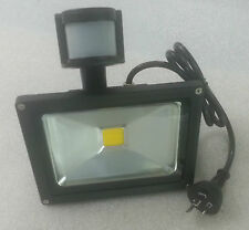 20W LED MOTION DETECTION SENSOR SECURITY OUTDOOR FLOOD LIGHT WATERPROOF WARM NEW