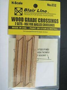 Blair Line N Scale Wood Grade Crossing 2 Lane Angled   #032  Bob The Train Guy