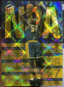 1999-00 Upper Deck HoloGrFx Shaquille O'Neal AuSome Gold Refracter Lakers #N5AU
