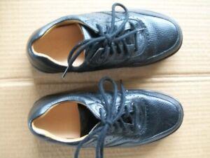 "Dr Scholls Womens 7M ""Patty"" Black Comfort Walking Shoes STK#1010"