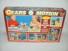 1992 Natural Science Industries NSI Gears In Motion Motorized Building Set 9050