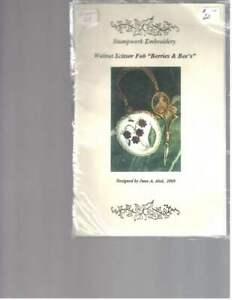 JUNE A ABEL design WALNUT SCISSOR FOB 'BERRIES & BEES' kit