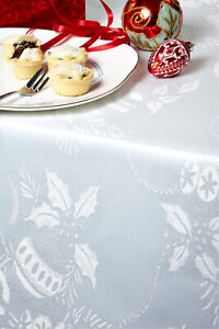 CHRISTMAS TABLECLOTHS WHITE / SILVER BAUBLE Many Sizes Xmas Damask Design