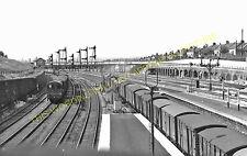 Harringay West Railway Station Photo. Finsbury Park - Hornsey. GNR. (12)