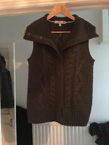 Fat Face Size 14 Grey Knitted Sleeveless Jumper Body Warmer.  (G3)
