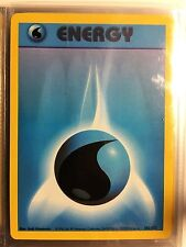 102/102 WATER ENERGY ORIGINAL 1999 BASE Pokemon Card NEVER USED/PLAYED NM-M