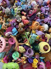 Littlest Pet Shop LOT 115 LPS Hasbro Pets / Figures & 125 Play Set Accessories