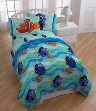Disney Finding Dory Twin Bedding Set 5 Piece Bed in a Bag 100% Polyester New .