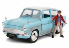 JADA 1/24 DIECAST HARRY POTTER'S 1959 FLYING FORD ANGLIA & HARRY POTTER FIGURE