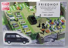 Busch 6049 Bausatz: Friedhof & Bestattungswagen Renault