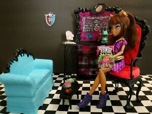 Monster High Coffin Bean Playset & Clawdeen Wolf ( Rare )