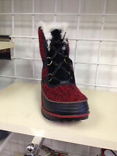Women's Sorel Tivoli II winter boot color red/black size 9.5 pair