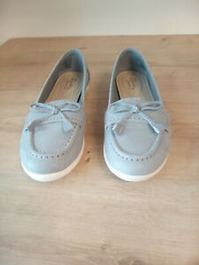 Ladies Shoes Wide Fit E Size UK4 EU37 Excellent Condition Clarks Feya Bloom