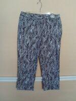 Women's Coldwater Creek Cropped Capri Pants Size 10 Black White Fern Leaf print