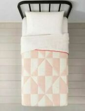 *NEW* Hearth & Hand with Magnolia Modern Quilt 100% Cotton size Twin - Spa Peach