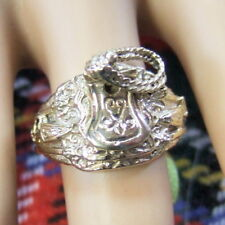 9 ct GOLD  second hand saddle ring