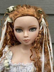 "ELLOWYNE WILDE Doll ""I WAIT ALONE"" Mint Complete No Box"