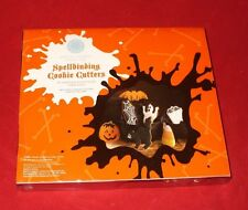 Martha Stewart Spellbinding cookie cutters from Macy's 7 Halloween cutters
