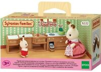 Sylvanian Families Play Set 5222 - Kitchen Stove, Sink & Counter Set