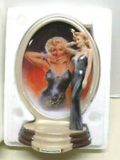 Bradford Marilyn Monroe Diamonds and Pearls Shimmering Star Plate 8th Issue