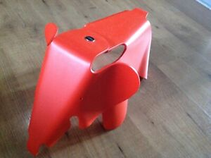 Eames Elephant Small by Vitra (Red)