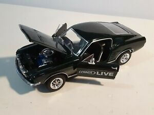 Welly #22522 1967 Ford Mustang GT Scale 1/24 Lennox Live Die Cast Car Dark Green