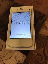 APPLE iPHONE 4 WHITE - 8GB - VERIZON - CRACKED SCREEN/BACK - CLEAN ESN - WORKS!