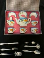 1930'S NAGOYA TOY TEA SET -MADE IN JAPAN. Excellent condition in original box!