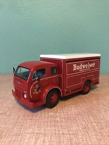 1955 BUDWEISER DELIVERY TRUCK With box And Bud Cases DANBURY MINT DIECAST 1:24