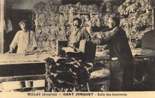 Millau - Gant Jonquet - Salle des fourrures