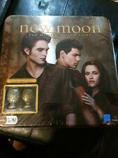 Twilight New Moon The Movie Board Game In Collectible Tin w/ Cullen Crest Pieces