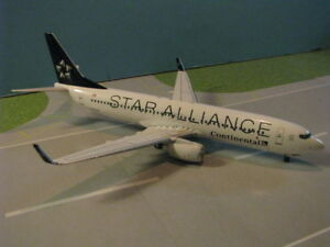 "BBOXSTAR01 CONTINENTAL ""STAR ALLIANCE"" 737-800 1:200 SCALE DIECAST METAL MODEL"