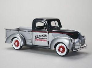 1:25 SpecCast *GLEANER* 1940 Ford Pickup Truck DIECAST *NIB*