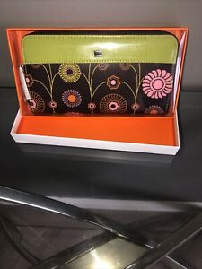 New With Tags - Authentic Billy Bag Brown/Green Hanna Print Long Zip Purse