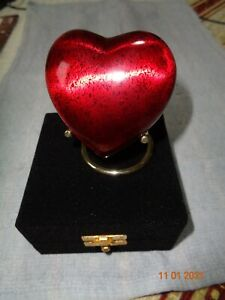 BEAUTIFUL CREMATION URN TOKEN ASHES URN KEEPSAKE FUNERAL ASHES URN HEART SHAPED