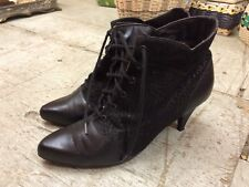 Vtg '1980 victorian style steampunk buttons booties womens boots sz 7.5