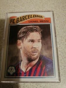 LIONEL MESSI - TOPPS LIVING SET NO. 1