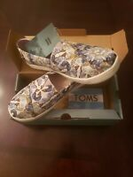 Toms Classic Multi Radial Butterfly Canvas Womens Shoes