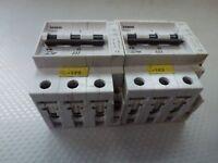 2 Stück Siemens 5SX23 B16 Leitungsschutzschalter 400V 3-polig + incl. 5SX9100HS
