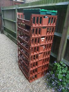 8x Stackable Bread Crates & 1x Tea Crate (Medium)