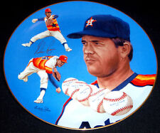 1983 NOLAN RYAN - Autographed (in GOLD) Hackett American Collector Plate. # 19