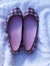 Women's Crocs Pink Brown Plaid Ballet Flats Size 8 Great Condition! Super Cute!